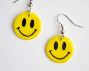 Smile yellow earrings