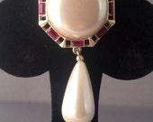 Vintage Richelieu Costume Jewelry Designer Brooch