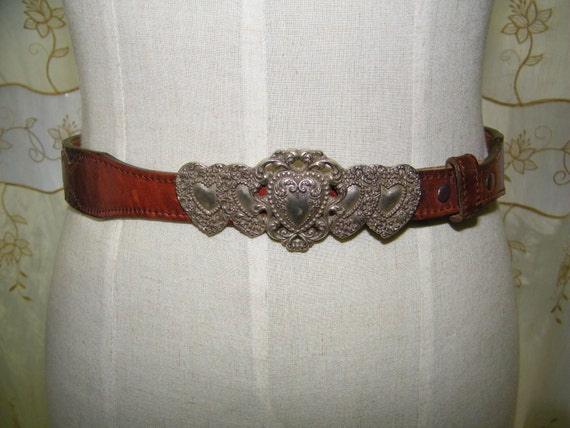 Vintage 1970s Brown Heart Shaped buckle and Stud Belt Size 8