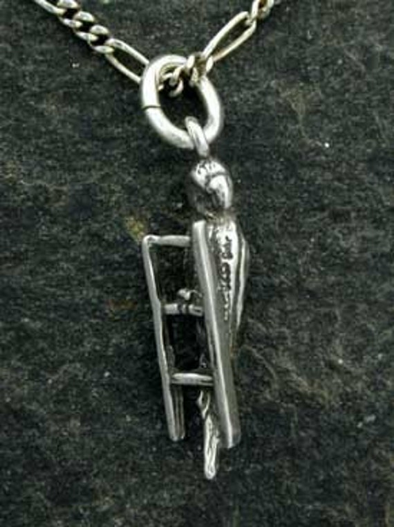 Sterling Silver Parakeet (Budgie) on lader Pendant on a Sterling Silver Chain