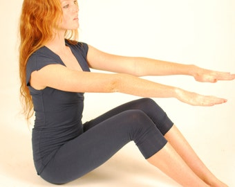Capri Yoga Tights - Leggings - Navy Blue - Organic Clothing - Eco Friendly Jersey  - Sustainable - Several Colors Available