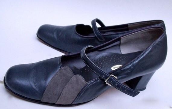 Vintage Grey Leather Secretary Mary Jane Pumps size 8
