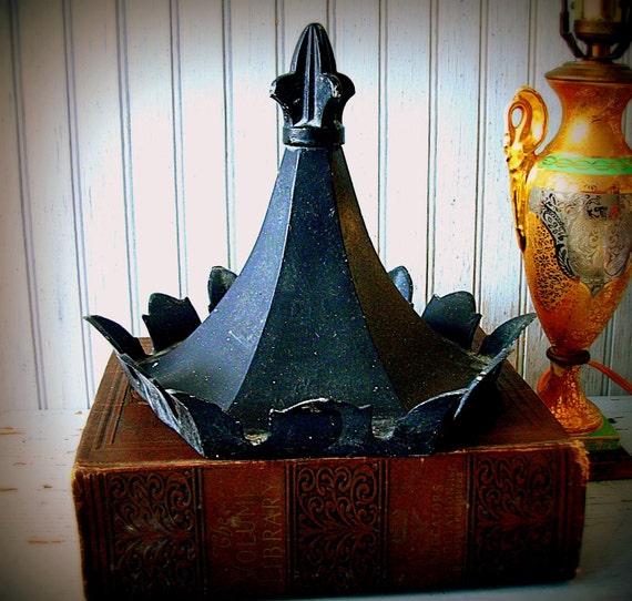 Vintage Salvage Crown Lantern Light