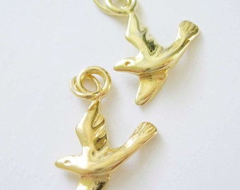 One Small Detailed Gold Vermeil 18kt Dove Bird Charm 16 x 12mm