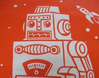 Maynard's Mousetrap Orange Robot/ Pillowcase Set/ Orange/Robots/Linens/Outerspace/Aliens