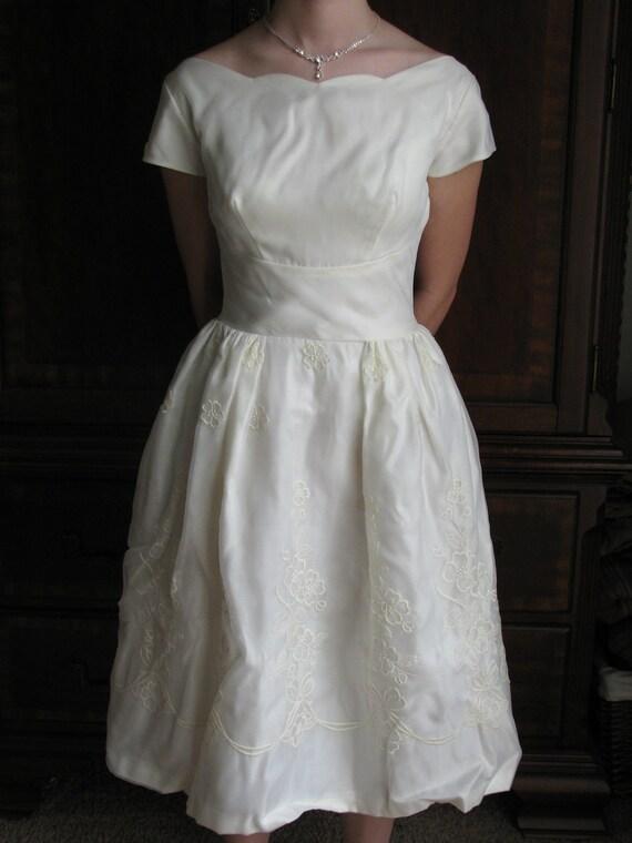 50s Wedding Dress Chiffon Ivory Embroidered Party/ Prom Dress XXS to XS