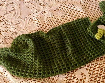 Newborn Crochet Pea Pod Photo Prop