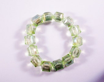 Funky Green Faceted Bead Stretchy Bracelet