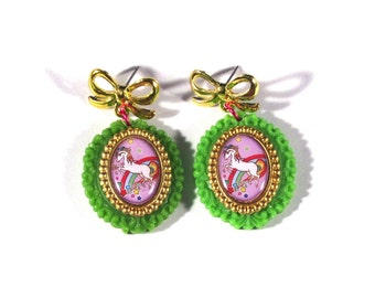 Rainbow Brite Purple Starlite Cameo Earrings with Vintage Gold Bow Post