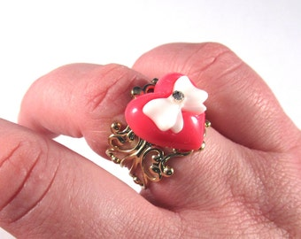 Rockabilly Pinky Red Heart Ring on Gold Filigree Base