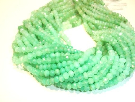 1 full 14 inches -- Shaded Chrysoprase ,Faceted Roundel, 3-4mm