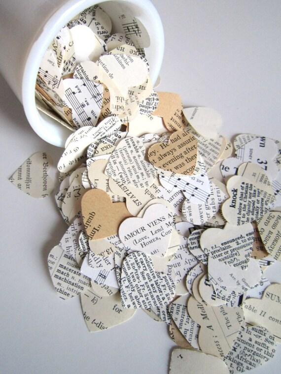 Book Wedding Favors, Paper Confetti, book confetti, wedding confetti, heart confetti, bridal confetti, book lover, paper hearts, old books