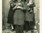 "Vintage Photo ""Family City Love"", Photography, Paper Ephemera, Snapshot, Old Photo, Collectibles - 0007"