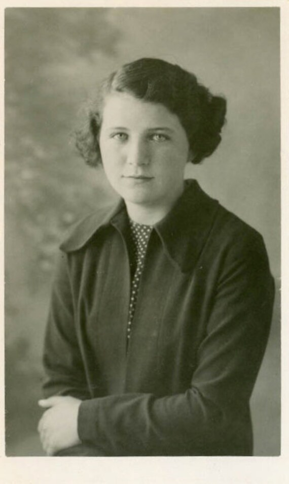 """1936 Vintage Photo """"Young Beauty"""", Photography, Paper Ephemera, Antique, Snapshot, Old Photo, Collectibles - 0053"""