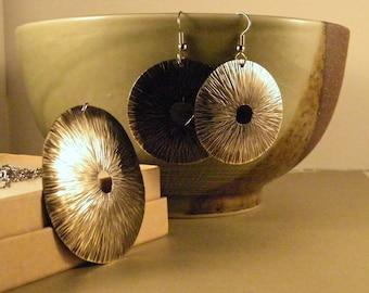 Modern Brass Jewelry SHIPS IMMEDIATELY Handcut Hammered Brass Necklace Earrings Handmade Brass Birthday Gifts for Her Women's Jewelry Set