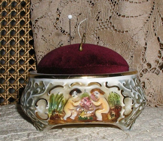Capodimonte Pincushion in Porcelain With Velvet Cushion