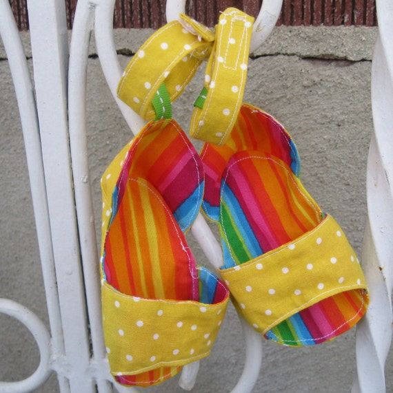 Reversible Strappy  Sandals: Baby Sandals PDF Sewing Pattern, Baby Shoes Pattern