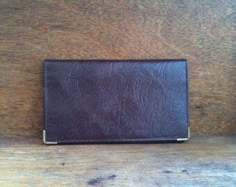 Vintage English textured brown leather wallet circa 1980's / English Shop