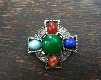 Vintage Scottish stone brooch with silver hardware Celtic shape jewellery jewelry circa 1950's / English Shop/ English Shop
