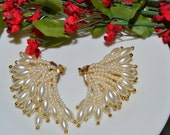 Reserved vintage 1980s / long  earrings / faux perals / clip on multiple strand gold tips