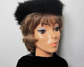 Vintage Black Marabou Feather Pillbox Hat