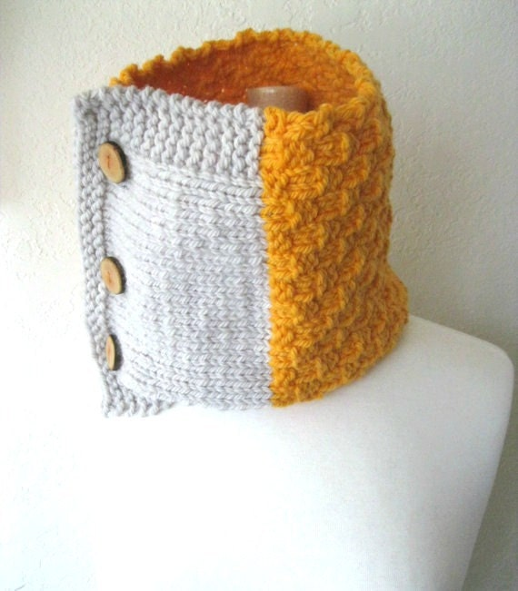 Knitted Cowl - Rustic Texture Merino Wool Chunky Knit Neck Scarf Colorblock Yellow and Gray Fall Fashion