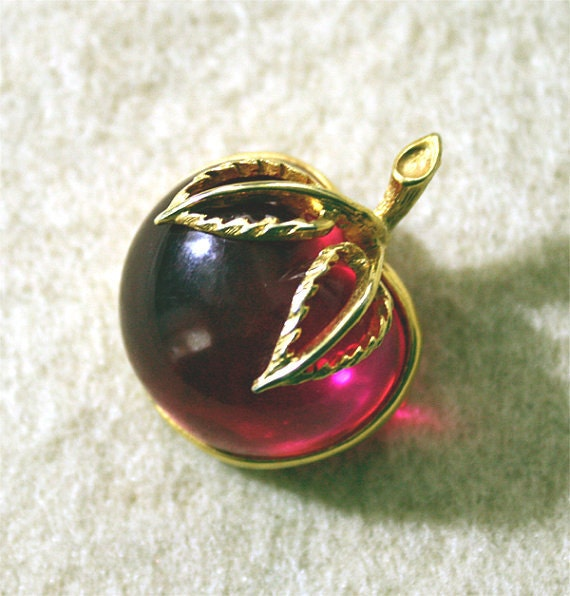 Vintage Cherry Brooch Broach Pin Vintage Jewelry Lucite Fruit Jewellery Pink Jelly Belly Vintage Brooch Cherries Rockabilly Broach