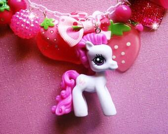 Super RARE My Little Pony STRAWBERRY SWIRL Pony Charm Necklace