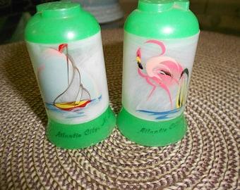 Pink Flamingo & Sailboat Aqua Jersey Shore's Atlantic City Vintage Mid Century Souvenir Green Shaker Set
