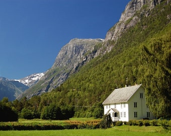 Landscape photography, white house in the valley, Norwegian summer, More og Romsdal, travel photography