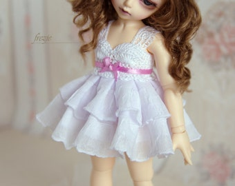 Snow white dress with ribbon of any color you want for TINY bjd LittleFee
