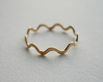 Polygon Ring 14k Gold Filled Wavy Ring