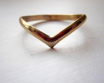14k Gold Filled V Chevron Ring