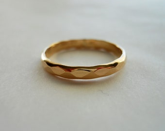 2.5mm Wide Hammered Band Ring 14k Gold Filled