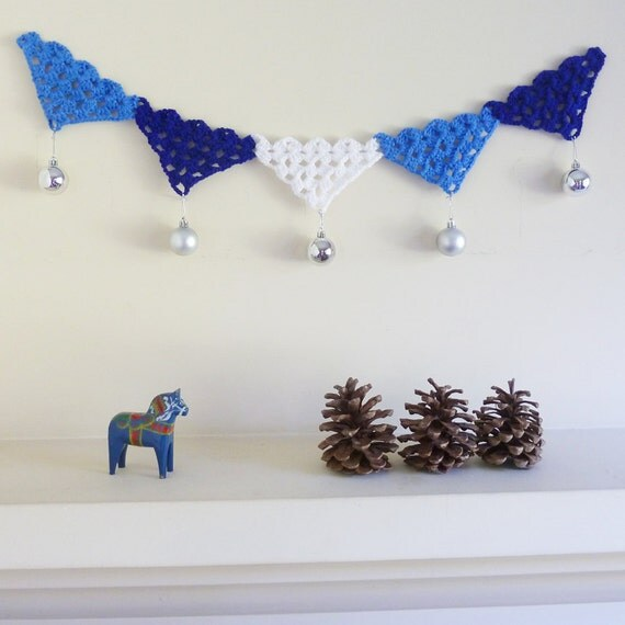 Crochet Pattern garland PDF - bunting, necklace, applique, cake topper all with this PHOTO tutorial - Christmas blue Instant DOWNLOAD