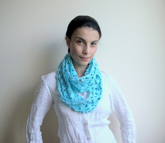 Infinity loop scarf crochet pattern, woman circle  lace wrap, DIY photo tutorial, Instant download