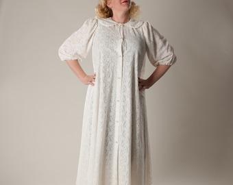 Vintage 1960s Lingerie White Lace Robe - Mad Men Wedding Trousseau - Size Large