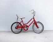 vintage Strawberry Shortcake bicycle, 80s children's bike