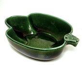 Vintage Hull Pottery Artichoke Majolica Serving Bowl Mid century Casserole Dish Green Oven Proof USA Pottery 1950s Kitchen