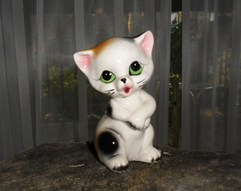 Vintage Figurine - China Cat, Kitsch Kitten,  Cinnamon and Black, Big Eyes