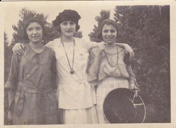 Best Friends Forever- Fashionable Girlfriends- Edwardian Girls- 1910s Vintage Photograph