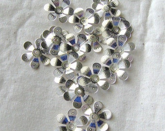 Silver Plated 6 Leaf Rounded Petal Bead Cap 17mm destash collection SALE USA