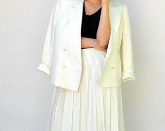 Vintage 1980s Skirt Set - Wimbledon - White Burberry Linen Pleated Skirt and Blazer