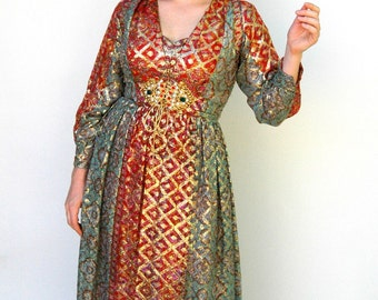 Vintage 1960s Dress - Queen of Sheba - Mollie Parnis Designer Printed Silk Party Dress