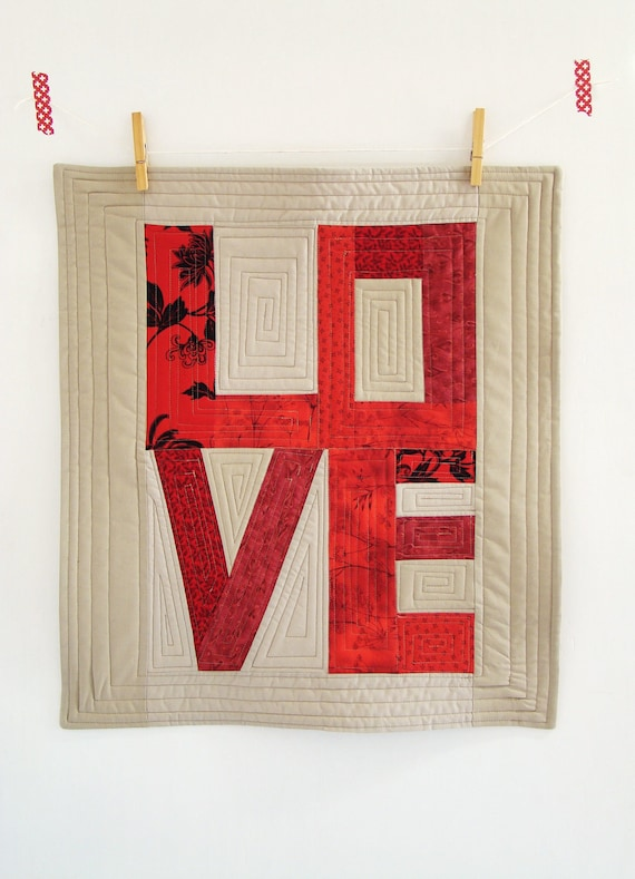 Love art quilt / Custom mini quilt