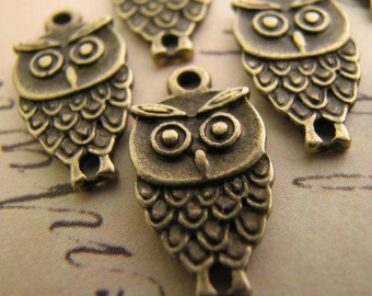 Charms : 10 Antique Bronze / Brass Ox Double-Sided Owl Charms | Owl Pendants -- Lead, Nickel & Cadmium Free Jewelry Findings A9