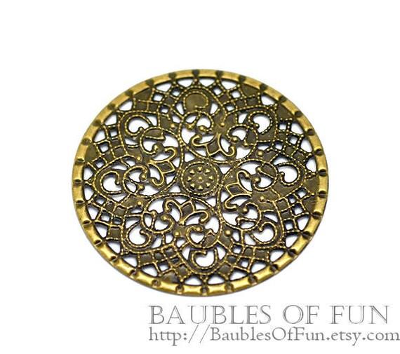 Filigree : 10 Antique Brass Round Filigree Flower Stampings   Bronze Metal Jewelry Stampings -- Lead, Nickel & Cadmium Free 16292.P