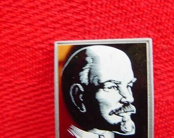 Vintage russian chameleon pin  - Lenin Portrait - Vladimir Ilyich Lenin - V.I.LENIN - Badge