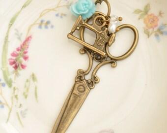 Vivienne Scissors Pendant Necklace