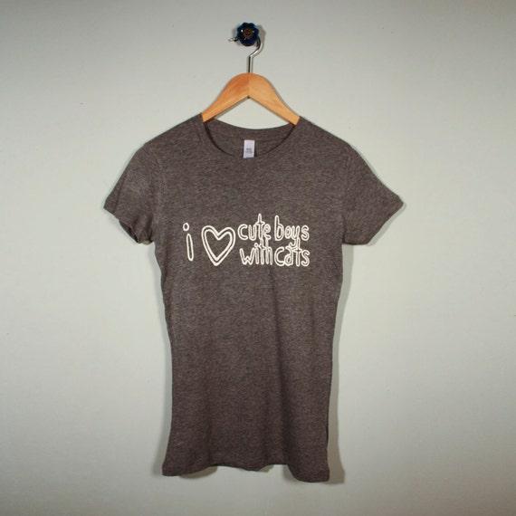 CBWC girl's gray M t-shirt
